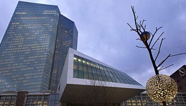 "Evropi preti ""cunami"" bankrotstva, upozorava najviši supervizor"
