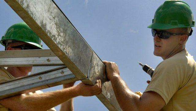 Kako preživeti paklene vrućine na gradilištima i poljoprivrednim dobrima?