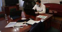 SRBIJA ĆE OVU GODINU ZAVRŠITI ZA PRIVREDNIM RASTOM IZMEĐU -1 I NULA ODSTO, saopštilo Ministarstvo finansija