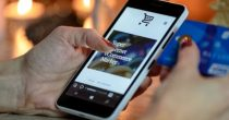 U CRNOJ GORI 70 ODSTO GRAĐANA PLAĆA ONLINE Broj korisnika koji plaća putem interneta povećan za 31 odsto