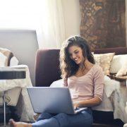 ZAKON ŠTITI I ZAPOSLENE NA DALJINU Ista prava za rad od kuće kao i u radnim prostorijama