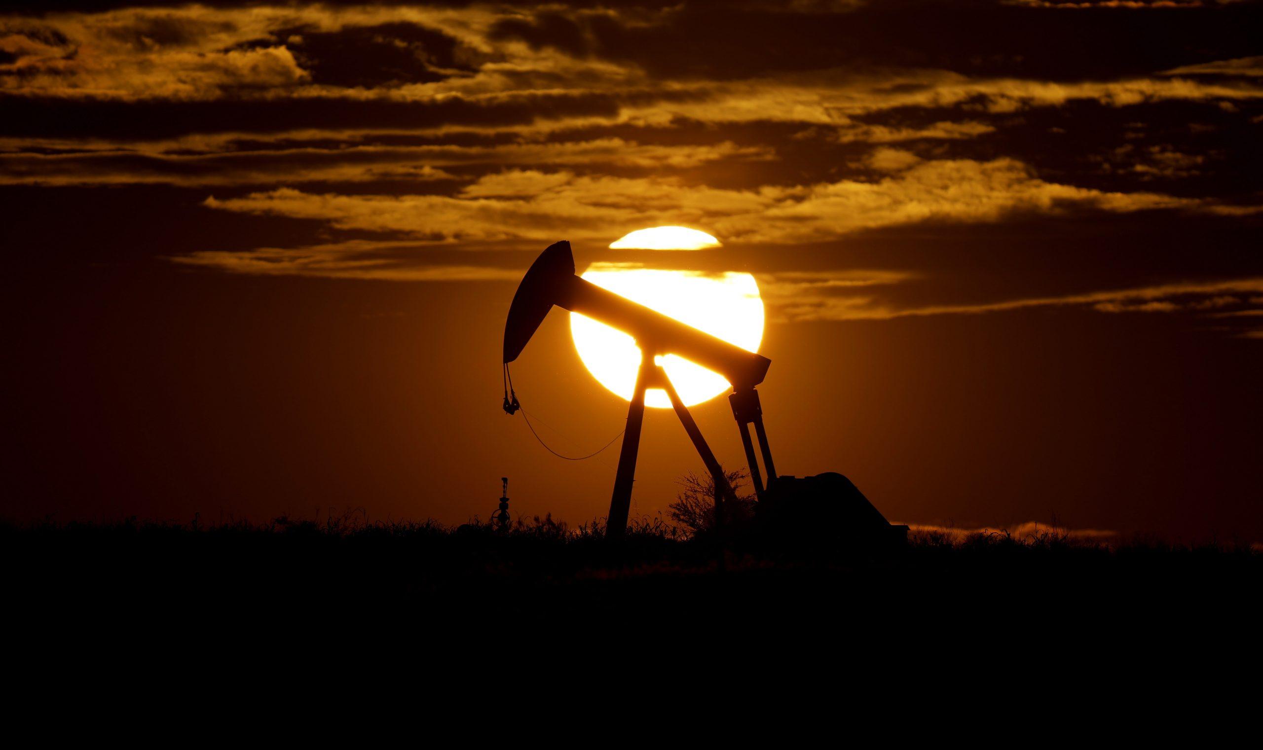 naftna bušotina u zoru