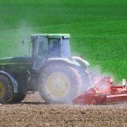 John Deere kupio startap koji proizvodi autonomne traktore