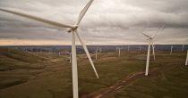 PRVIH MILIJARDU EVRA ZA PROJEKTE ČISTE ENERGIJE Evropska komisija uložiće  10 milijardi u narednom periodu za suzbijanje klimatskih promena