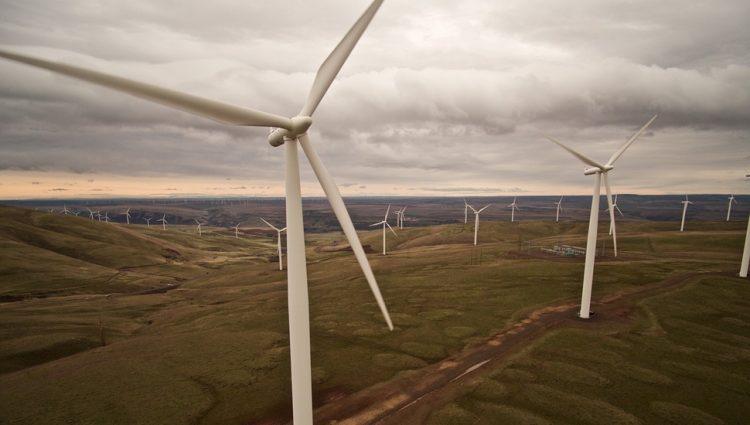 ŠPANIJA ULAŽE 316 MILIONA EVRA U OBNOVLJIVE IZVORE ENERGIJE Cilj, isključivo čista struja do 2050. godine