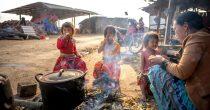 VIŠE OD MILIJARDU SIROMAŠNE DECE NA SVETU Pandemija uzrokovala još veću oskudicu i glad