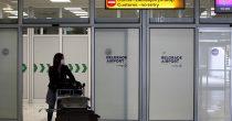 (FOTO/VIDEO) SRPSKI TURISTI SLETELI NA SKIJATOS U avion ušli s maskom, a u Grčku s formularom