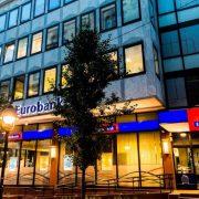 Eurobank i Direktna banka spajaju svoje poslovanje u Srbiji