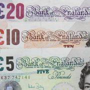SLAMKA SPASA OD 30 MILIJARDI FUNTI Britanija smanjuje porez ugostiteljima i podstiče zapošljavanje