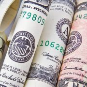 Banke u SAD usled ekonomskog oporavka premašile prognozirane profite