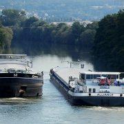 EU FINANSIJSKI PODSTIČE SRBIJU I REGION Ulažemo u obnovu železnice, plovnost Dunava i čistu energiju, kaže Negre