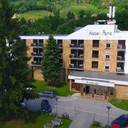 PRODAJE SE HOTEL NOVE AGROBANKE U IVANJICI Za depozit potrebno 281.550 evra