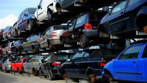 DRŽAVA PRODAJE ČAK 140 VOZILA Od 75 do osam hiljada evra za teretnjake, kamione, luksuzne automobile