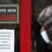NEUTVRĐEN BROJ NEZAPOSLENIH U SAD  Dodatni zahtevi za državnu pomoć, dok se milioni vraćaju na posao