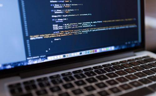 SRBIJA MEĐU LIDERIMA U INOVACIJAMA TOKOM KORONE Digitalizacija ubrzana, trenutak je za privlačenje ulaganja