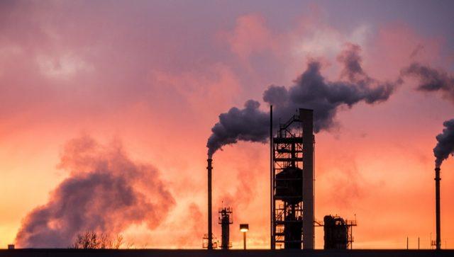 Najveći svetski proizvođači mogli bi da ostanu bez nafte kroz 15 godina