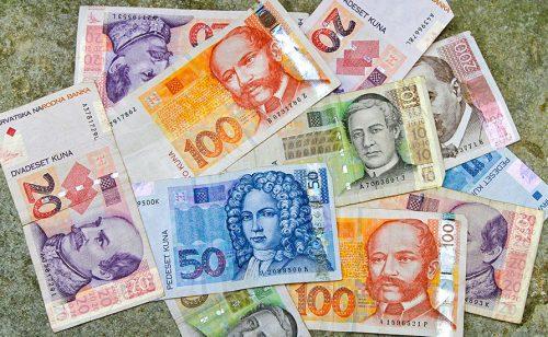 Hrvati će saznati tačan datum prelaska sa kune na evro tek sledeće godine