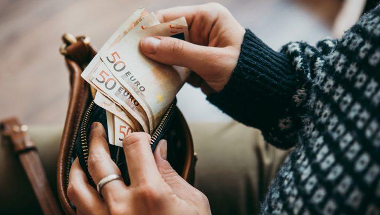 U CRNOJ GORI KAZNE I DO 20.000 EVRA Rigorozno sankcionisanje zbog širenja korona virsa