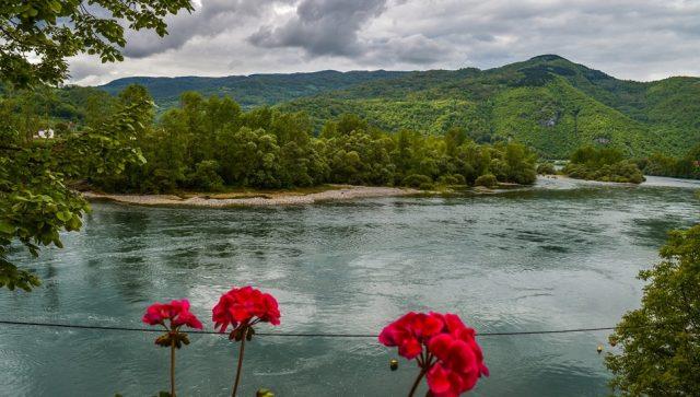 PANDEMIJA DESETKOVALA  BROJ TURISTA U SRBIJI Državi predloženo 12 mera za oporavak turizma