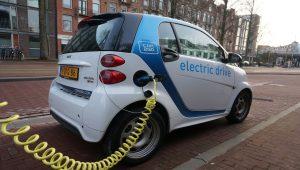 SUBVENCIJE OD PO 8.000 EVRA TAKSISTIMA I PREVOZNICIMA Sredstva će omogućiti kupovinu ekoloških vozila