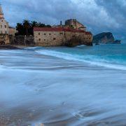 PUSTO CRNOGORSKO PRIMORJE Nema gostiju, prazne plaže i trgovi, gubici veliki