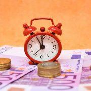 SLOVENAČKE BANKE ODOBRILE MORATORIJUM U VREDNOSTI OD 472 MILIONA EVRA Skoro 25.000 građana tražilo odlaganje kredita