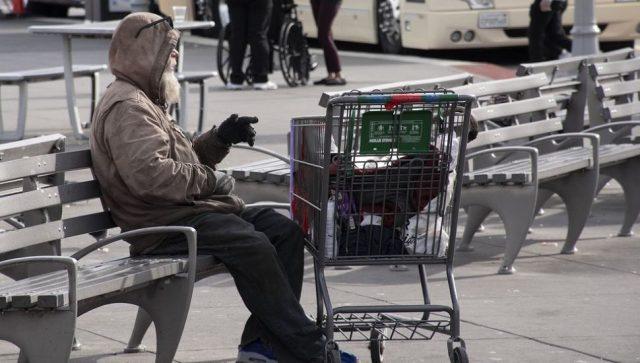 VIŠE OD 4,5 MILIONA ITALIJANA ŽIVI U APSOLUTNOM SIROMAŠTVU Najugroženiji deca i stariji od 65 godina