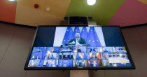 TEŠKI PREGOVORI O EKONOMSKOM PAKETU ZA OPORAVAK EU Stavovi i dalje prilično udaljeni