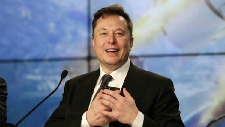 Tesla će da sarađuje sa kineskim regulatorima