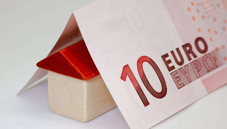 Kućica ispod novčanice od 10 evra
