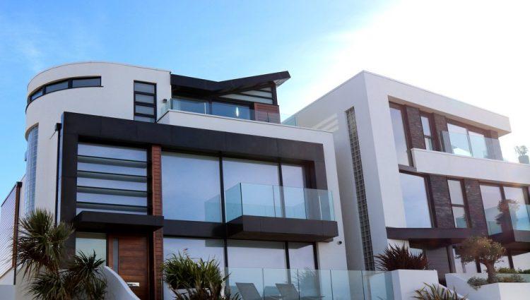 Tri prosečne plate za jedan kvadratni metar stambenog prostora