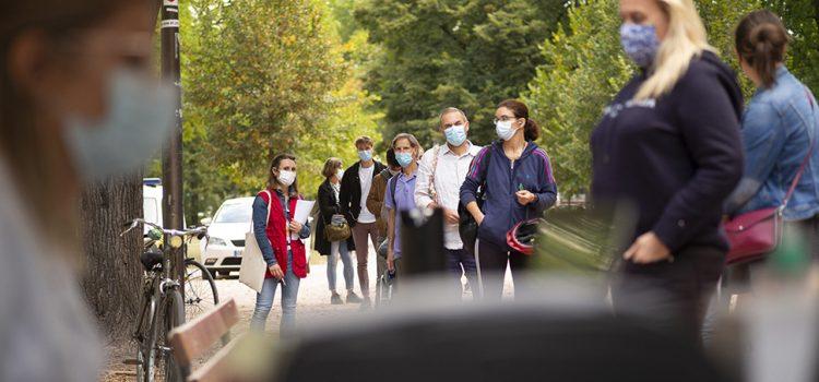 NOŠENJE MASKI OBAVEZNO I NA OTVORENOM PROSTORU, odlučio Krizni štab Nove epidemiološke mere stupile na snagu odmah