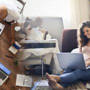 PANDEMIJA ĆE DUGOTRAJNO IZMENITI POSLOVNI RITAM U KOMPANIJAMA Rad od kuće donosi veću produktivnost, ali smanjuje inovativnost