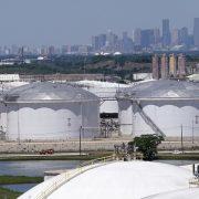 ZBOG ŠIRENJA ZARAZE I PORASTA ZALIHA Cene nafte opet ispod 40 dolara za barel