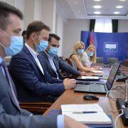 SRBIJA APSOLUTNI LIDER U PRIVLAČENJU STRANIH INVESTICIJA, ocenio Mali posle razgovora sa MMF