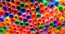 ZABRANJENA PRODAJA PLASTIKE ZA JEDNOKRATNU UPOTREBU U ENGLESKOJ  Plastični predmeti koristiće se samo u medicinske svrhe
