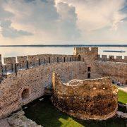 (FOTO/VIDEO) TURISTIČKE LEPOTE SRBIJE Bajkovita tvrđava na rubu Balkana čuva magiju najlepših zalazaka sunca