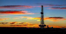 RAZVOJ VAKCINA I SMENA VLASTI U SAD OBRADOVALI TRŽIŠTE Cene nafte najviše od početka pandemije