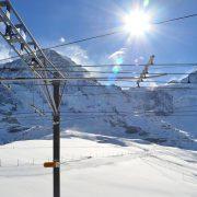 Malo skijaša na stazama u poznatim zimskim centrima