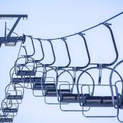 NEIZVESNA PRAZNIČNA TURISTIČKA SEZONA U EVROPI Nemačka traži zatvaranje skijališta, Austrija se protivi