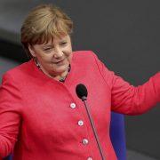 Penzija nemačkoj kancelarki od 15.000 evra