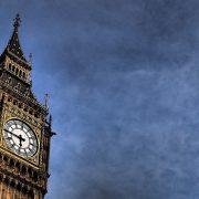 London razmatra povećanje poreza za popunu budžetske praznine