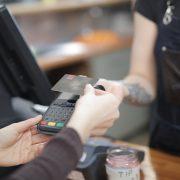 Beskontaktnu karticu koristi više od 80 odsto ljudi u Srbiji