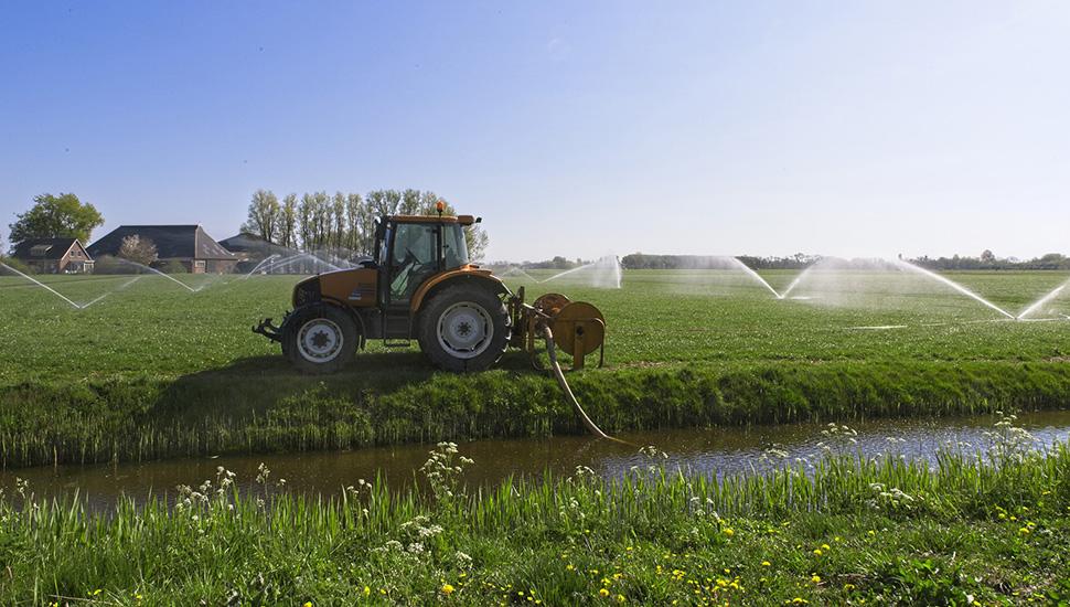 Traktor i prskalice