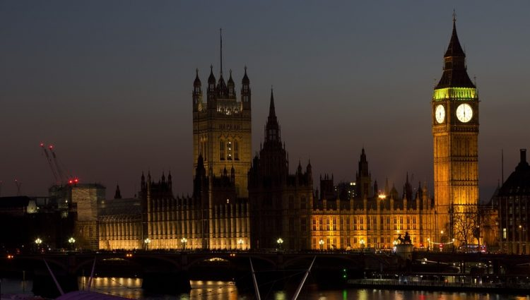 VELIKA BRITANIJA NAPUSTILA EVROPSKU UNIJU Big Ben otkucao Brexit