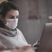 SMANJUJE SE BROJ COVID OBOLELIH RADNIKA U FIRMAMA Sve bolja epidemiološka situacija u privredi