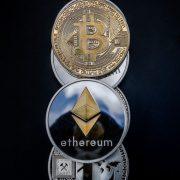"Ethereum postavlja rekordne vrednosti, rastu i naknade za ""rudare"""