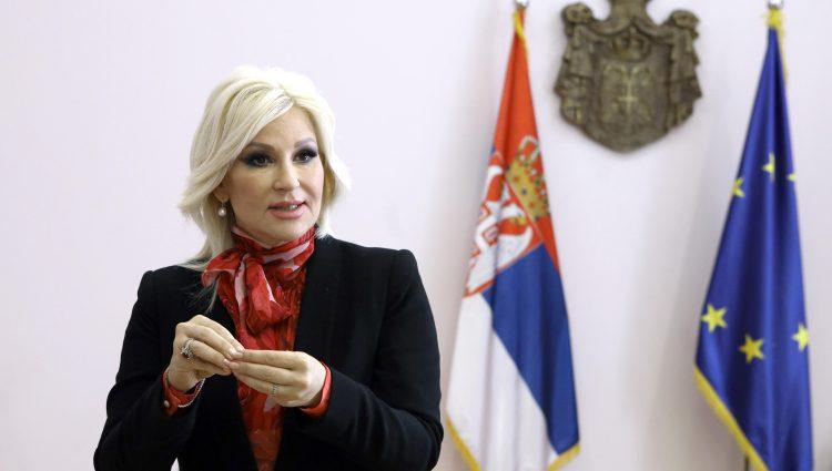 Ministarka Mihajlović: Cilj nam je da svaka kuća troši struju iz sopstvenih izvora