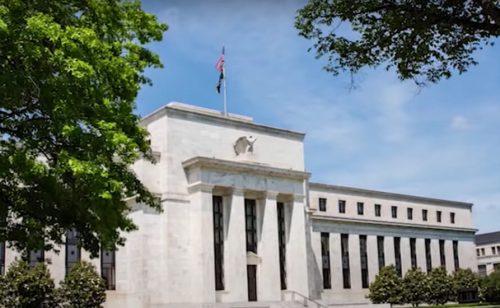 Raste pritisak na FED da koriguje monetarnu politiku