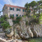 (VIDEO) Crnogorska vila iz 14. veka na svetskom sajtu za nekretnine
